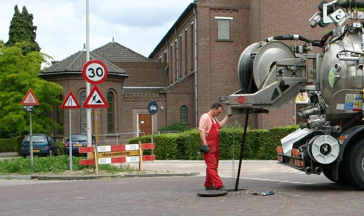 Funkfernsteuerung Vereinfacht Kanalreinigung Tyroremotes